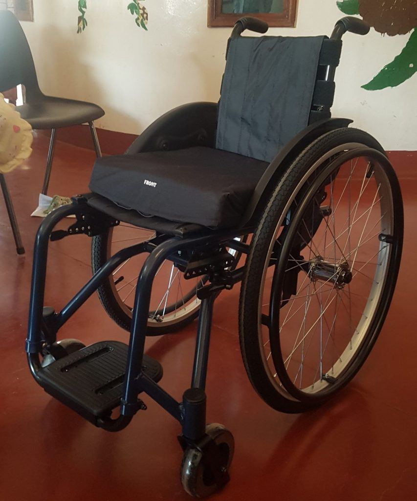 Haydom-Friends sponsors new wheelchairs